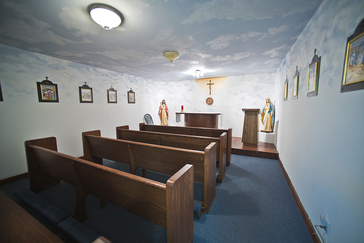 Sacred-Heart-Prayer-Room-2015